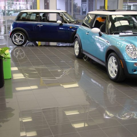 Mini Show Room – Los Angeles, USA